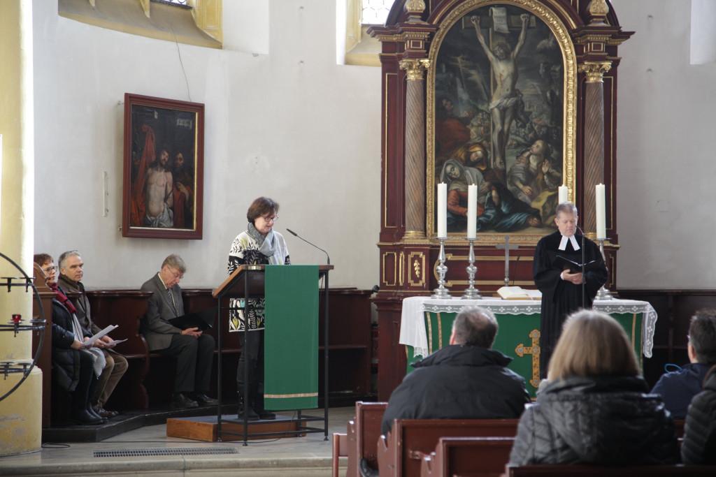 Andacht in der Neupfarrkirche - Was ist Kirche