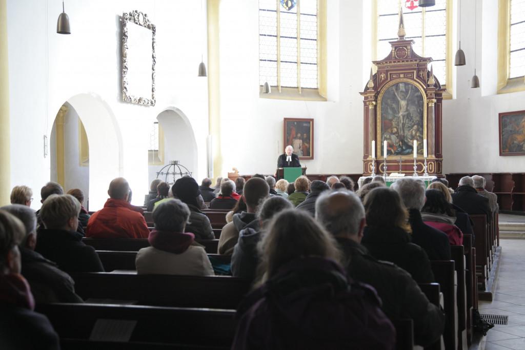 Andacht in der Neupfarrkirche - Dekan Eckhard Herrmann